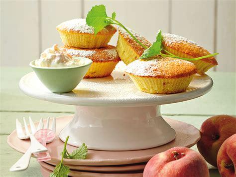 bio kuchen rezepte pfirsich cupcakes mit joghurt s k 08 2014