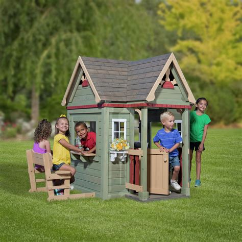Backyard Discovery Playhouse Uk Outdoor Playhouses Plastic Wood Outdoor Garden