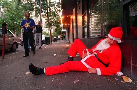 drunk santa le blow