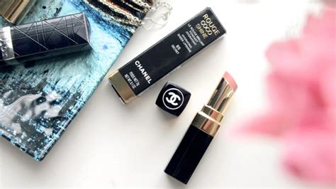 Channel Secret Lipstick chanel coco shine lipstick secret review swatches