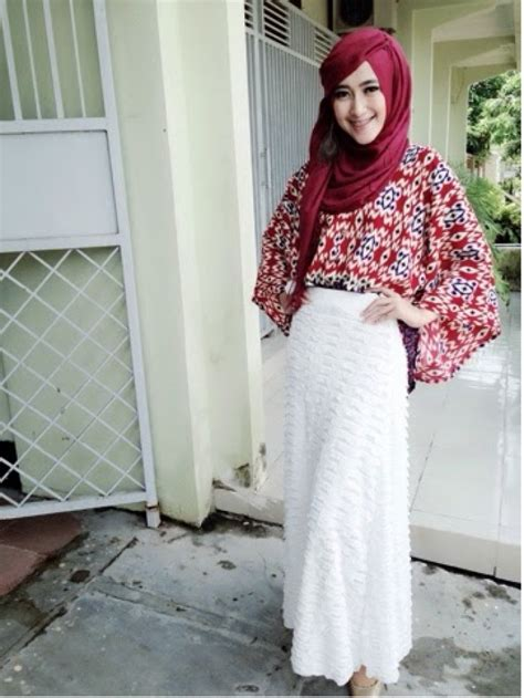 Pertiwi Blouse padanan jins blouse ala hijaber surabaya co id
