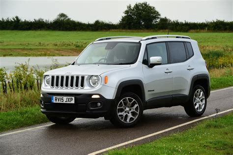 nissan jeep 2014 jeep renegade suv 2014 pictures carbuyer