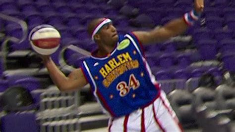 basketball world record harlem globetrotters score two new