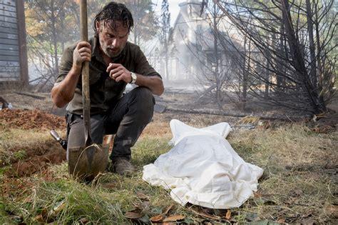 drop dead seasons the walking dead season 8 episode 9 ratings drop 10z
