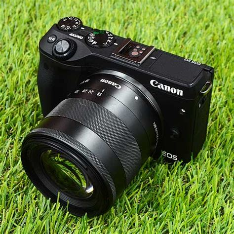Lensa Canon M3 used canon eos m3 kit ef m 18 55mm is stm box mulusss