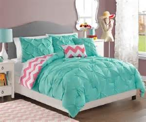 25 best ideas about chevron comforter on