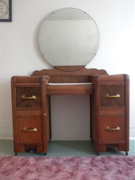 1930 Furniture Styles Have An Art Deco Waterfall Style Waterfall Deco Bedroom Furniture