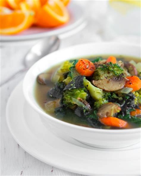 Detox Soup Diet Recipe by A Detox Soup That Won T Remind You Of The Cabbage Soup Diet
