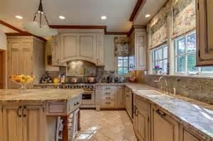 castle kitchen cabinets photos hgtv