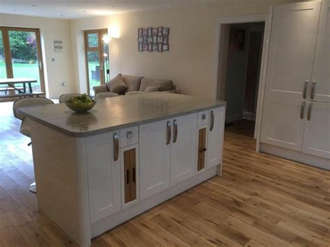 kitchen island worktops 17 best ideas about howdens worktops on pinterest