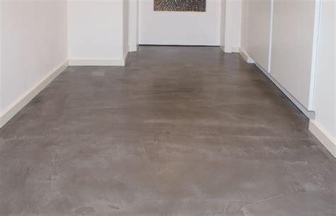 fliesen auf beton beton floor fussboden flur wohndesign beton statt