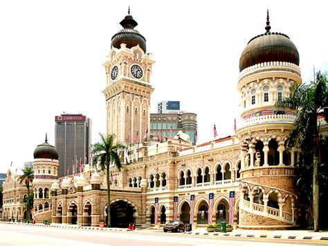 Sultan Abdul Samad Building Essay by Sultan Abdul Samad Building