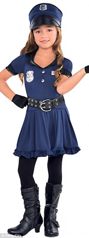 halloween costumes for kids 9 years old lin kramer voices outrage over online retailer s