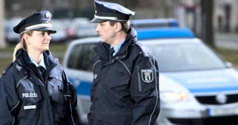 Bewerbungsfrist Gehobener Dienst Polizei Hamburg Juristen In Der Polizei H 246 Chste 196 Mter Stehen Offen