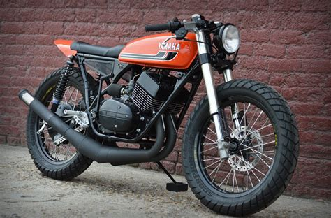Handmade Cafe - justin s rd350 the bike shed