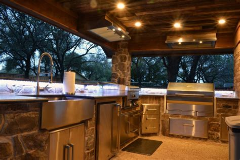 Outdoor Kitchen Lights It S Outdoor Living Season Our March 2016 Newsletter Medford Remodeling