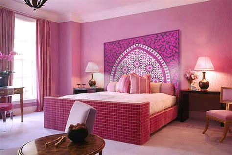 chambre style marocain t 234 te de lit orientale et porte marocaine