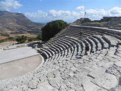 sicilia turisti per caso segesta viaggi vacanze e turismo turisti per caso