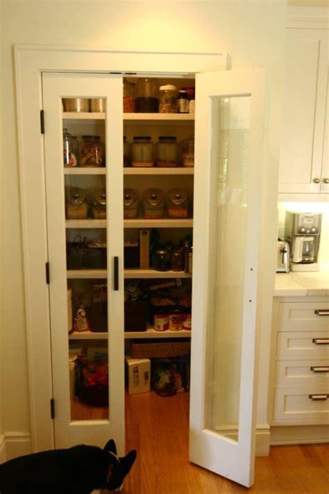 bi fold pantry doors design ideas