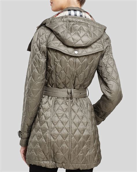 burberry finsbridge quilted coat in gray lyst