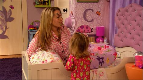 good luck charlie bedroom teddys bedroom from good luck charlie bedroom furniture