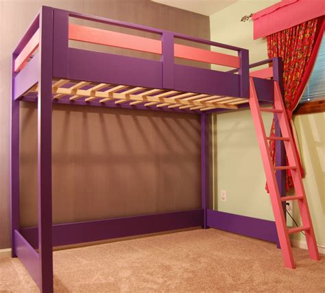 Bunk Bed With Space Underneath Diy Loft Bed A Loft Bed Is A Great Space Saver For A Kid S Room A Younger Kid Could Use The