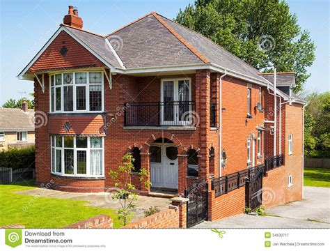 english style house english house with garden royalty free stock photography image 34530717