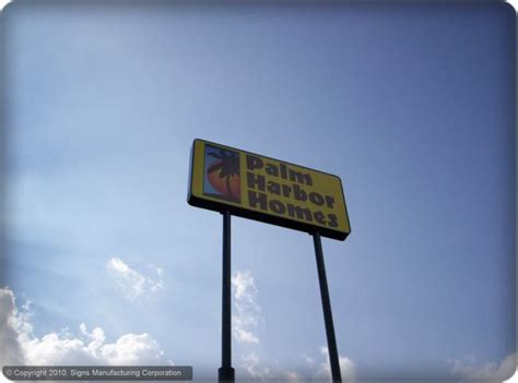 Which Is Better Vinyl Or Aluminum Leters - vinyl graphics on pole or pylon signage