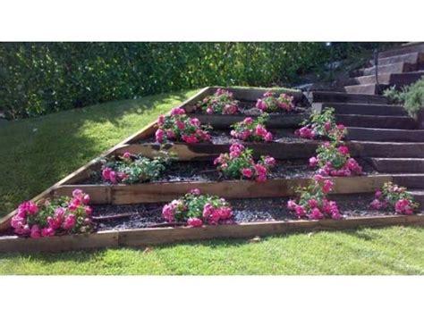 idee giardino in pendenza oltre 25 fantastiche idee su giardino in pendenza su