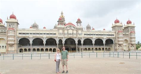 Mba Michigan Tech by Michigan Tech Mba Students Cap Program With Trip To India