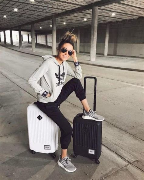 what do i wear there airplane outfits and tips college 13 comfortable outfit ideas to wear while traveling