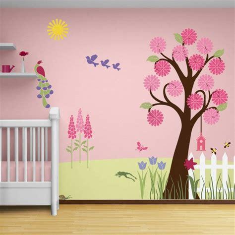 decoration murale chambre bebe d 233 co mur chambre b 233 b 233 50 id 233 es charmantes