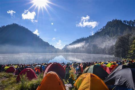 ranu kumbolo lake  mount semeru authentic indonesia blog