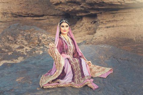 donna persiana donna persiana immagine stock immagine di bellezza islam
