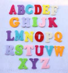 molde de letras do alfabeto em feltro corre fazer o
