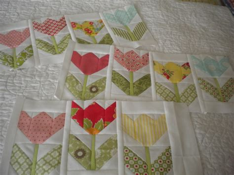 Tulip Quilt Pattern Block by Tulips A Quilting A Quilt