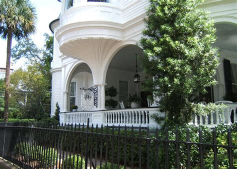 charleston south carolina bed and breakfast two meeting street inn charleston south carolina