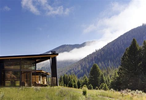 montana house river bank house montana residence e architect
