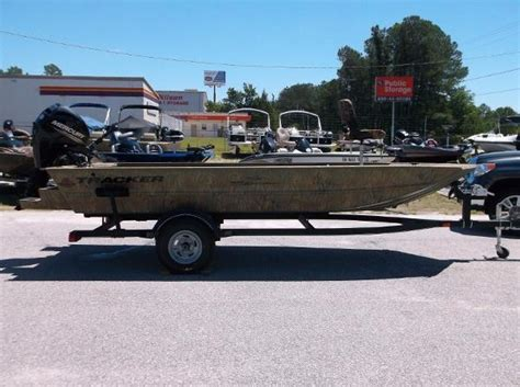grizzly lobster boat for sale new 2017 tracker boats grizzly 1654 mvx