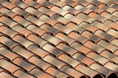 Prix M2 Toiture Tuile Romane toiture en tuile prix moyen au m2 par un couvreur