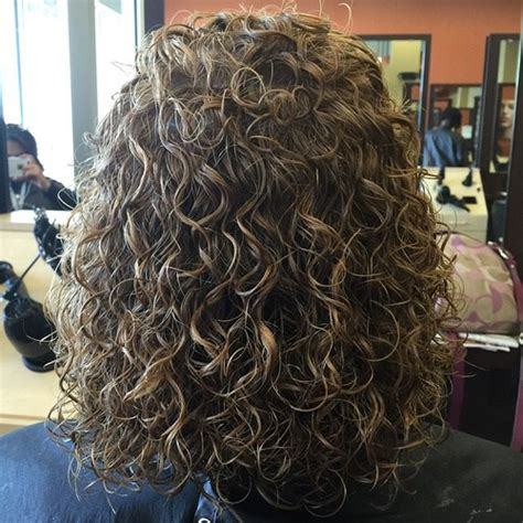shoulder length hair spiral perm 40 gorgeous perms looks say hello to your future curls