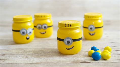 baby crafts diy baby food jar despicable me minion favors