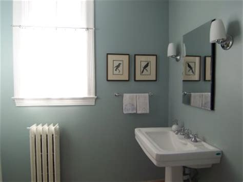 yarmouth blue bathroom you asked about a blue gray living room bossy color