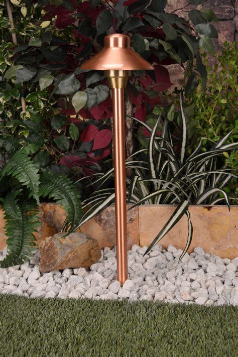 12v outdoor lighting system illuminator 6 by unique lighting systems 12v copper area