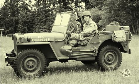 ww2 jeep 17 best images about jeeps on ambulance