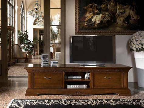 mobili porta tv classici porta tv lungo in legno per salotti classici di lusso