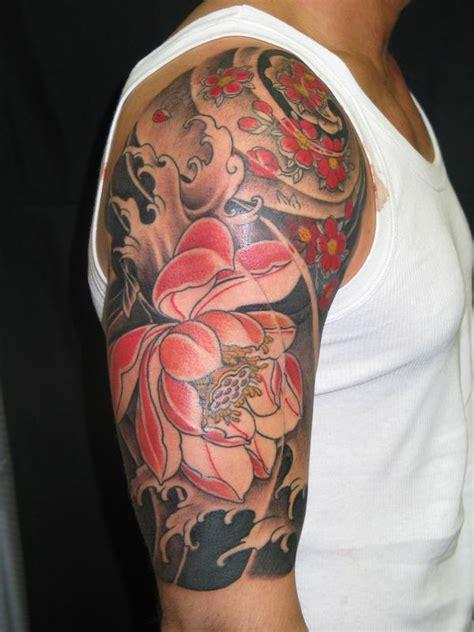 tatuaggio fiore di loto spalla tatuaggi fiori di loto significato e simbologia
