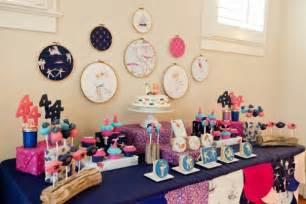 Cara desain 22 ide mendekorasi ruang pesta ulang tahun anak