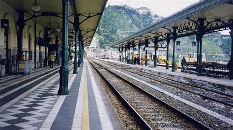 autobus catania giardini naxos come arrivare a taormina in treno traveltaormina