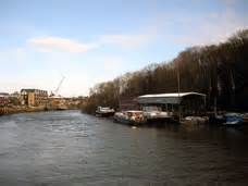 floating boatyard thames discovery programme isleworth ait